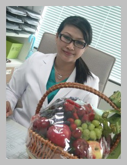 Dr. Vitasna Ketglang